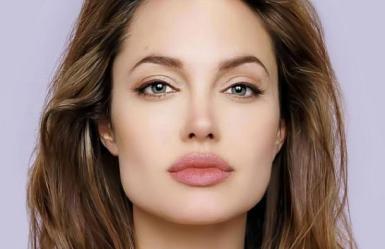 Angelina-Jolie egt56y56